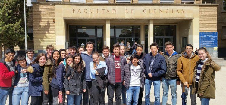 Alumnos de 4º ESO en la Facultad de Ciencias de la Universidad de Zaragoza