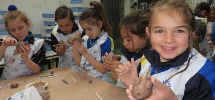 3º de Primaria en la Escuela-taller de cerámica de Muel